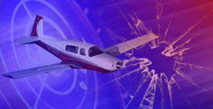 Small plane crashes in swampy area at Leesburg International Airport